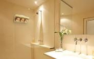 Hướng dẫn các gia đình cách chọn đèn led cho nhà vệ sinh nhà tắm tối ưu công năng sử dụng nhất