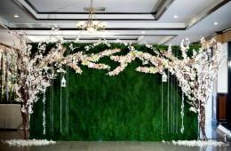 Những backdrop trang trí tiệc cưới độc, lạ, cuốn hút