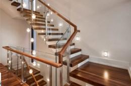 Cách chọn đèn led trang trí cầu thang tối ưu không gian diện tích cho gia đình bạn