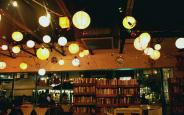 """""""Phát cuồng"""" với mẫu đèn led trang trí quán trà sữa"""