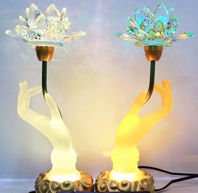 Cách trang sử dụng đèn led trong trang trí bàn thờ
