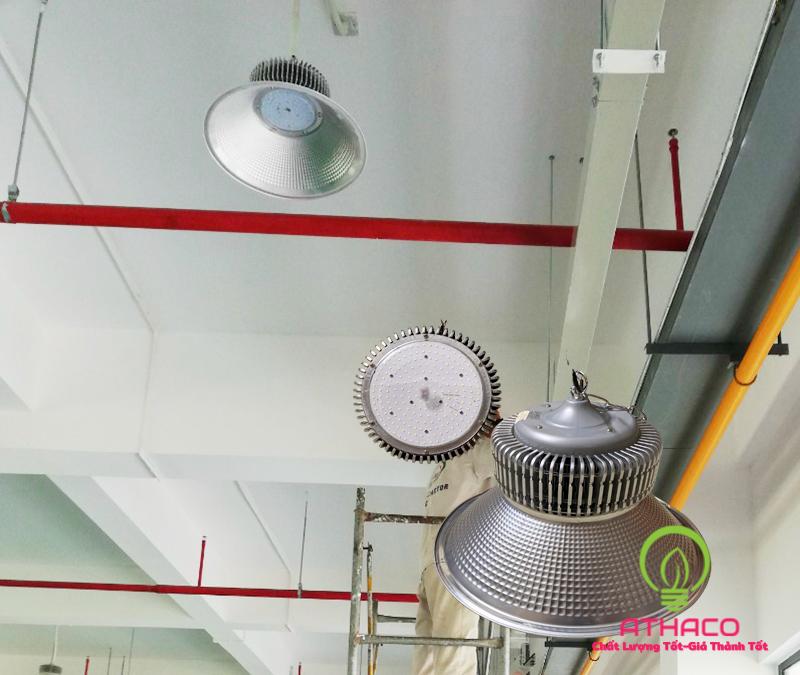 Đèn led nhà xưởng Highbay 200W SMD 1