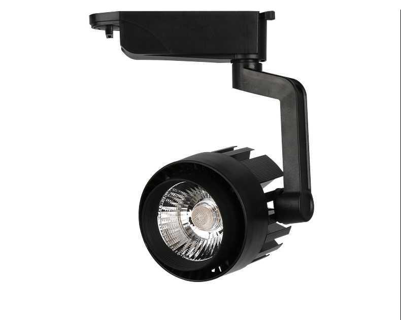 1001 lý do bạn nên đầu tư đèn rọi ray cao cấp Athaco Lighting